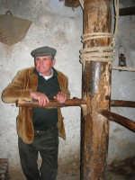Il Presepe Vivente di Custonaci nella grotta preistorica di Scurati (grotta Mangiapane) (149) - 26 dicembre 2007   - Custonaci (1027 clic)
