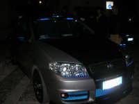 Piazzetta Vespri - raduno di auto . . . particolari - 3 maggio 2009   - Alcamo (3980 clic)