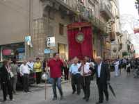 Processione in onore di Maria Santissima dei Miracoli, patrona di Alcamo - Corso VI Aprile - 21 giugno 2009   - Alcamo (2126 clic)