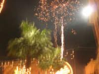notte di capodanno in piazza Ciullo - spettacolo pirotecnico - 1 gennaio 2009  - Alcamo (2954 clic)