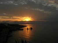 tramonto sul golfo di Castellammare - 23 settembre 2007  - Terrasini (2055 clic)