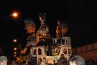 Carnevale 2008 - XVII Edizione Sfilata di Carri Allegorici - Cavalcano gli ... Eroi a Roma - Comitato San Marco - 3 febbraio 2008   - Valderice (675 clic)