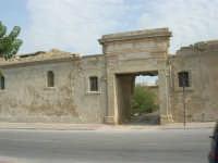 Capo Lilybeo: antico edificio - 24 settembre 2007  - Marsala (923 clic)
