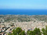 la città vista dal monte Bonifato - 8 dicembre 2006   - Alcamo (855 clic)