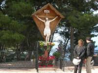 il Cristo del Belvedere - 1 maggio 2007  - Castellammare del golfo (1183 clic)