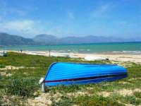 zona Canalotto: la spiaggia nel giorno della Pasquetta - 9 aprile 2007  - Alcamo marina (939 clic)