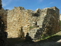 sulla rupe i ruderi del Castello Eufemio, di epoca medioevale - 4 ottobre 2007   - Calatafimi segesta (616 clic)