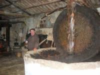 Il Presepe Vivente di Custonaci nella grotta preistorica di Scurati (grotta Mangiapane) (154) - 26 dicembre 2007   - Custonaci (1130 clic)