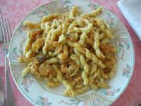 busiate all'aragosta presso il Ristorante Sansica Sirena - 6 settembre 2007  - Bonagia (12649 clic)