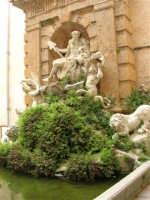 Abbazia Benedettina - Fontana dell'Oreto, di Ignazio Marabitti - 17 aprile 2006  - San martino delle scale (3896 clic)