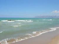 zona Canalotto - domenica al mare - 20 luglio 2008   - Alcamo marina (795 clic)