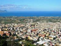 la città vista dal monte Bonifato - 8 dicembre 2006   - Alcamo (1058 clic)