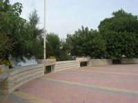 Capo Lilybeo: il piazzale panoramico - 24 settembre 2007  - Marsala (930 clic)