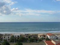 panorama del Golfo di Castellammare, lato nord - 10 agosto 2007  - Alcamo marina (941 clic)