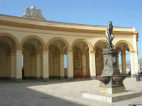 Piazza del Mercato del Pesce e statua di Venere Anadiomene - 25 maggio 2008  - Trapani (1139 clic)
