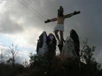 Processione della Via Crucis con gruppi statuari viventi - 5 aprile 2009   - Buseto palizzolo (1418 clic)