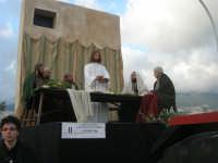 Processione della Via Crucis con gruppi statuari viventi - 5 aprile 2009     - Buseto palizzolo (1551 clic)