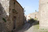 via adiacente al Duomo - 1 maggio 2008  - Erice (839 clic)