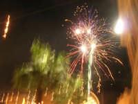 notte di capodanno in piazza Ciullo - spettacolo pirotecnico - 1 gennaio 2009  - Alcamo (2797 clic)