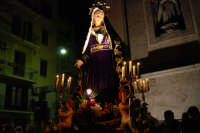 Venerdì Santo: processione del Cristo Morto e dell'Addolorata - piazza Ciullo, dinanzi la Chiesa del Collegio - 21 marzo 2008   - Alcamo (1506 clic)
