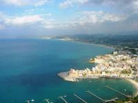 panorama dal Belvedere - 1 maggio 2007  - Castellammare del golfo (722 clic)