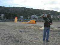 Raduno di amatori di aquiloni: l'Aquilon Act - 10 maggio 2009   - San vito lo capo (2696 clic)