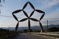 Ingresso al Belice detto STELLA di Pietro Consagra - 12 ottobre 2007   - Gibellina (7271 clic)