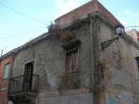 vecchia casa abbandonata del centro storico - 3 settembre 2008  - Torretta (8120 clic)
