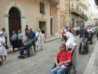 festeggiamenti in onore di Maria Santissima dei Miracoli, Patrona di Alcamo - Processione in corso 6 Aprile (corso stretto) - 21 giugno 2007  - Alcamo (1155 clic)