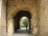 Abbazia Benedettina - 17 aprile 2006  - San martino delle scale (1746 clic)