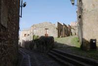 via adiacente al Duomo - 1 maggio 2008  - Erice (834 clic)
