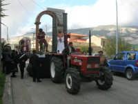 Processione della Via Crucis con gruppi statuari viventi - 5 aprile 2009  - Buseto palizzolo (1584 clic)