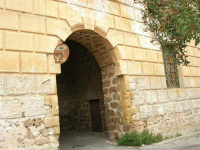 Abbazia Benedettina - 17 aprile 2006  - San martino delle scale (2115 clic)