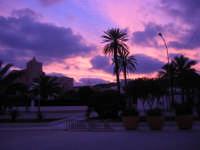 all'imbrunire il cielo si tinge di rosa - 27 gennaio 2008  - San vito lo capo (919 clic)