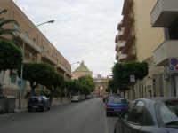 Via Scipione l'Africano ed in fondo Porta Garibaldi - 24 settembre 2007  - Marsala (946 clic)