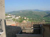 tetti e panorama - 23 aprile 2006   - Prizzi (1796 clic)