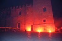 Festeggiamenti Maria SS. dei Miracoli - La Festa del Paradiso - L'Assalto al Castello - Piazza Castello - 20 giugno 2008   - Alcamo (594 clic)