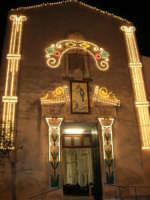 Chiesa S. Francesco d'Assisi illuminata in occasione della festa dell'Immacolata - 8 dicembre 2006   - Alcamo (1586 clic)