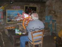 Il Presepe Vivente di Custonaci nella grotta preistorica di Scurati (grotta Mangiapane) (165) - 26 dicembre 2007   - Custonaci (990 clic)