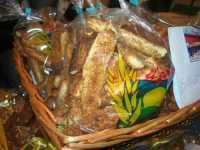 WINE WEEKEND - Vetrina dell'Alcamo DOC - Cortile del Collegio dei Gesuiti - biscotti con la giuggiulena - 4 dicembre 2009   - Alcamo (2584 clic)