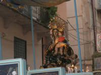 festeggiamenti in onore di Maria Santissima dei Miracoli, Patrona di Alcamo - Processione in corso 6 Aprile (corso stretto) - 21 giugno 2007  - Alcamo (1063 clic)