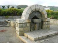 fontana - 25 aprile 2008  - Camporeale (2795 clic)