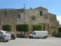 Piazza e Chiesa del Carmine - 25 aprile 2008  - Sciacca (1119 clic)