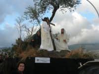Processione della Via Crucis con gruppi statuari viventi - 5 aprile 2009     - Buseto palizzolo (1569 clic)