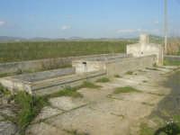GALLITELLO - fontana e paesaggio rurale - 1 marzo 2009   - Alcamo (2560 clic)