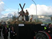 Processione della Via Crucis con gruppi statuari viventi - 5 aprile 2009   - Buseto palizzolo (1604 clic)