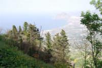 panorama del golfo di Bonagia e monte Cofano - 1 maggio 2008   - Erice (936 clic)
