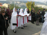 Processione della Via Crucis con gruppi statuari viventi - 5 aprile 2009   - Buseto palizzolo (1543 clic)