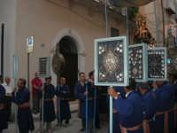 festeggiamenti in onore di Maria Santissima dei Miracoli, Patrona di Alcamo - Processione in corso 6 Aprile (corso stretto) - 21 giugno 2007  - Alcamo (1040 clic)
