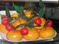 Frutta marturana esposta nel Caffè Pino Pasticceria - 28 settembre 2007  - San vito lo capo (2196 clic)